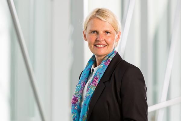 Mag. Gabriele Meixner, MBA